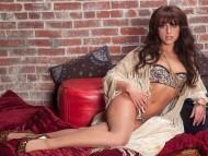 Leia Christiana / Celebrities Female