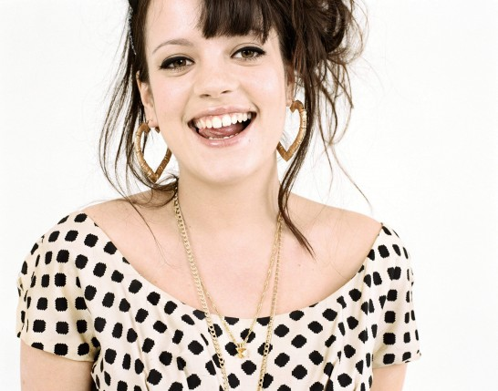 Send to Mobile Phone Lilly Allen Wallpaper Num. 3