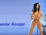 Lucia Tovar / Celebrities Female