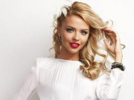 Mary Lavrova / Celebrities Female