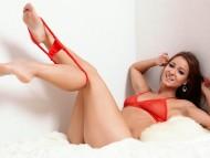 Melissa Mendiny / Celebrities Female