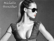 Download Michelle Hunziker / Celebrities Female