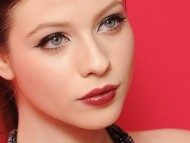 Download Michelle Trachtenberg / Celebrities Female