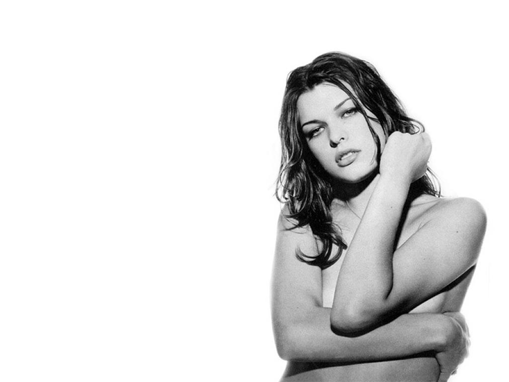 http://www.shareyourwallpaper.com/upload/wallpaper/celebrities-female/milla-jovovich/milla-jovovich_6d9bca83.jpg