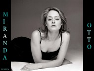Miranda Otto / Celebrities Female