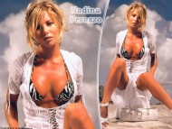 Nadina Perazzo / Celebrities Female