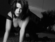 HQ Neve Campbell  / Celebrities Female