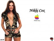 Download Nikki Cox / Celebrities Female