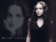 Norah Jones / Celebrities Female