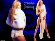 Paula Devicq / Celebrities Female