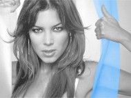 Paulina Flores / Celebrities Female