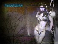 Download Raquel Welch / Celebrities Female