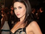 Renee Olstead / Celebrities Female