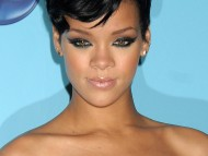 Rihanna / Celebrities Female