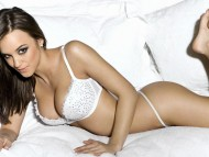 Rosie Jones / Celebrities Female