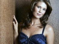 Sarah Lancaster / Celebrities Female