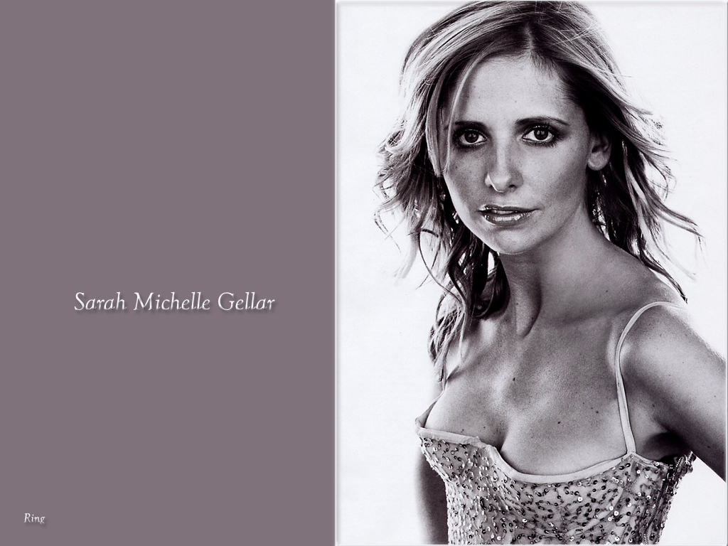 sarah michelle gellar in the nude