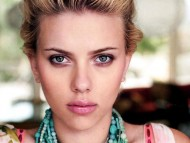 Scarlett Johansson / Celebrities Female