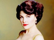 Sherilyn Fenn / Celebrities Female