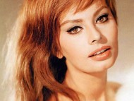Sophia Loren / Celebrities Female