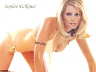 Sophie Falkiner / Celebrities Female
