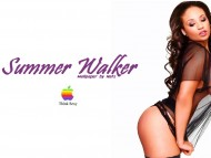 Summer Walker / Celebrities Female