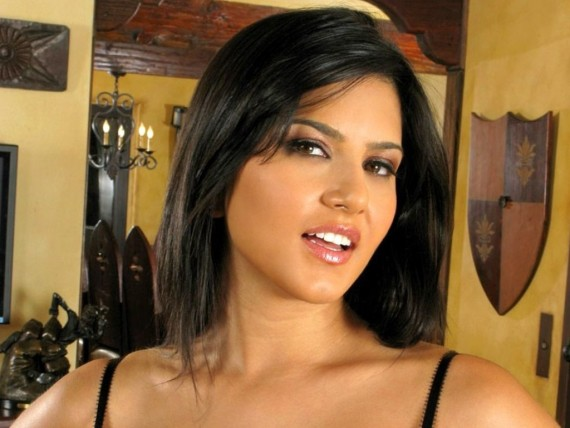 ... Send to Mobile Phone Sunny Leone Celebrities Female wallpaper num.2