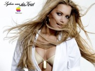 Sylvie van der Vaart / Celebrities Female