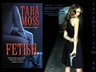 Tara Moss / Celebrities Female