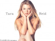 Download Tara Reid / Celebrities Female