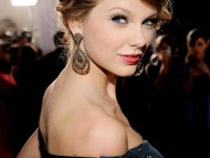 Taylor Swift / HQ Celebrities Female