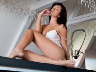 Tess Lyndon / Celebrities Female