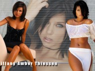 Download Tiffani Thiessen / Celebrities Female
