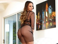 Tori Black / Celebrities Female