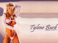 Tylene Buck / Celebrities Female