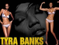 Tyra Banks / Celebrities Female