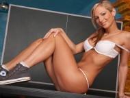 Vanessa Cooper / Celebrities Female