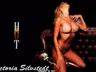 Victoria Silvstedt / Celebrities Female
