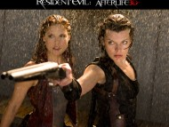 two girls / Resident Evil AfterLife 3D