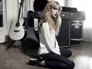 Taylor Swift / Music