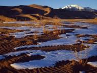 Sangre de Cristo Mountains, Great Sand Dunes National Monument, Colorado / Deserts