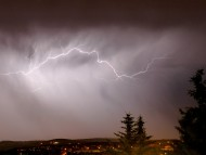 Lightning cloud to cloud in Romania / Lightnings