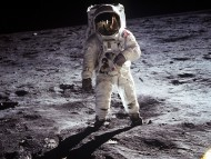 Spaceman on moon / Space