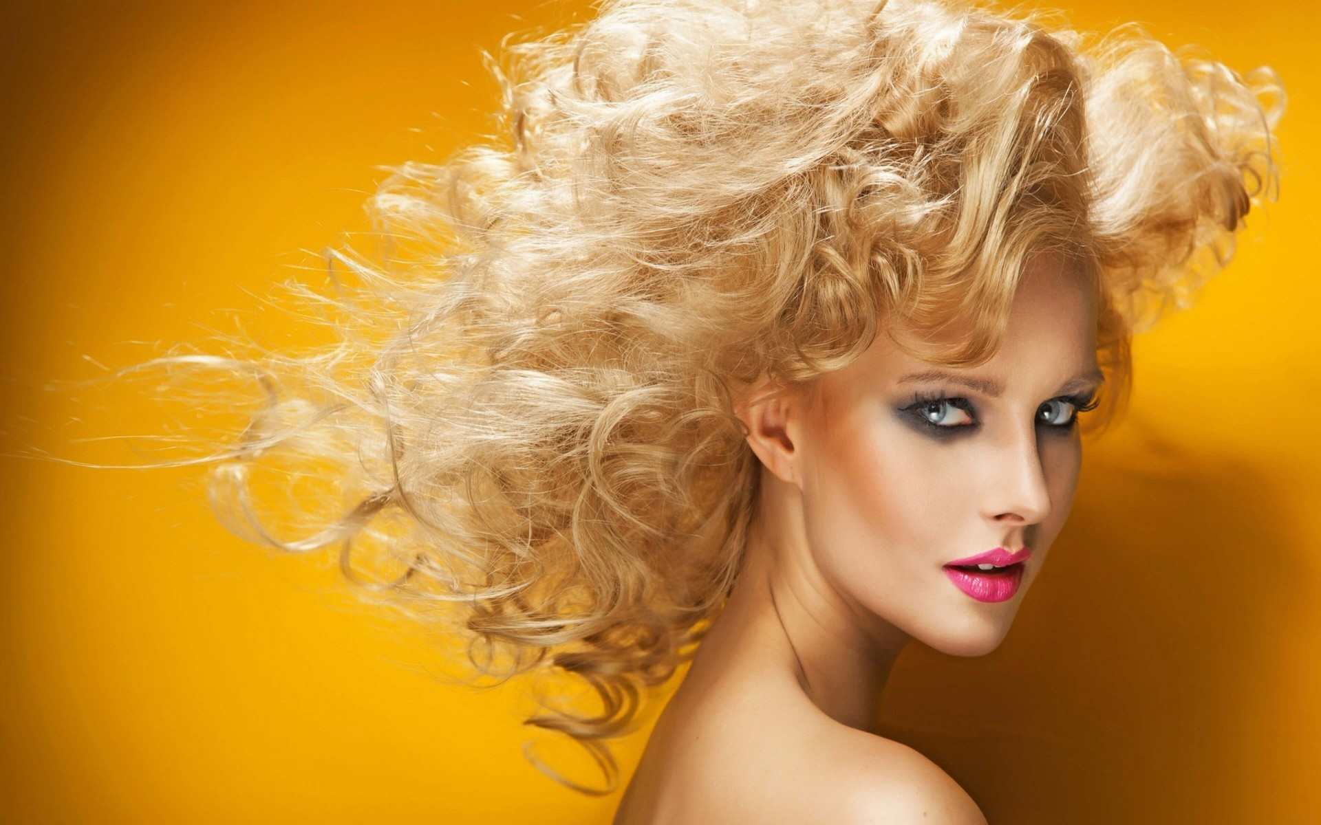 Download HQ blonde, faces Babes wallpaper / 1920x1200