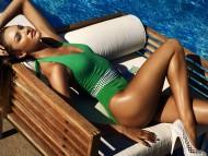 Green swimsuit / Beautiful Girls Outdoor