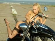 sexy blonde / Girls & Bike