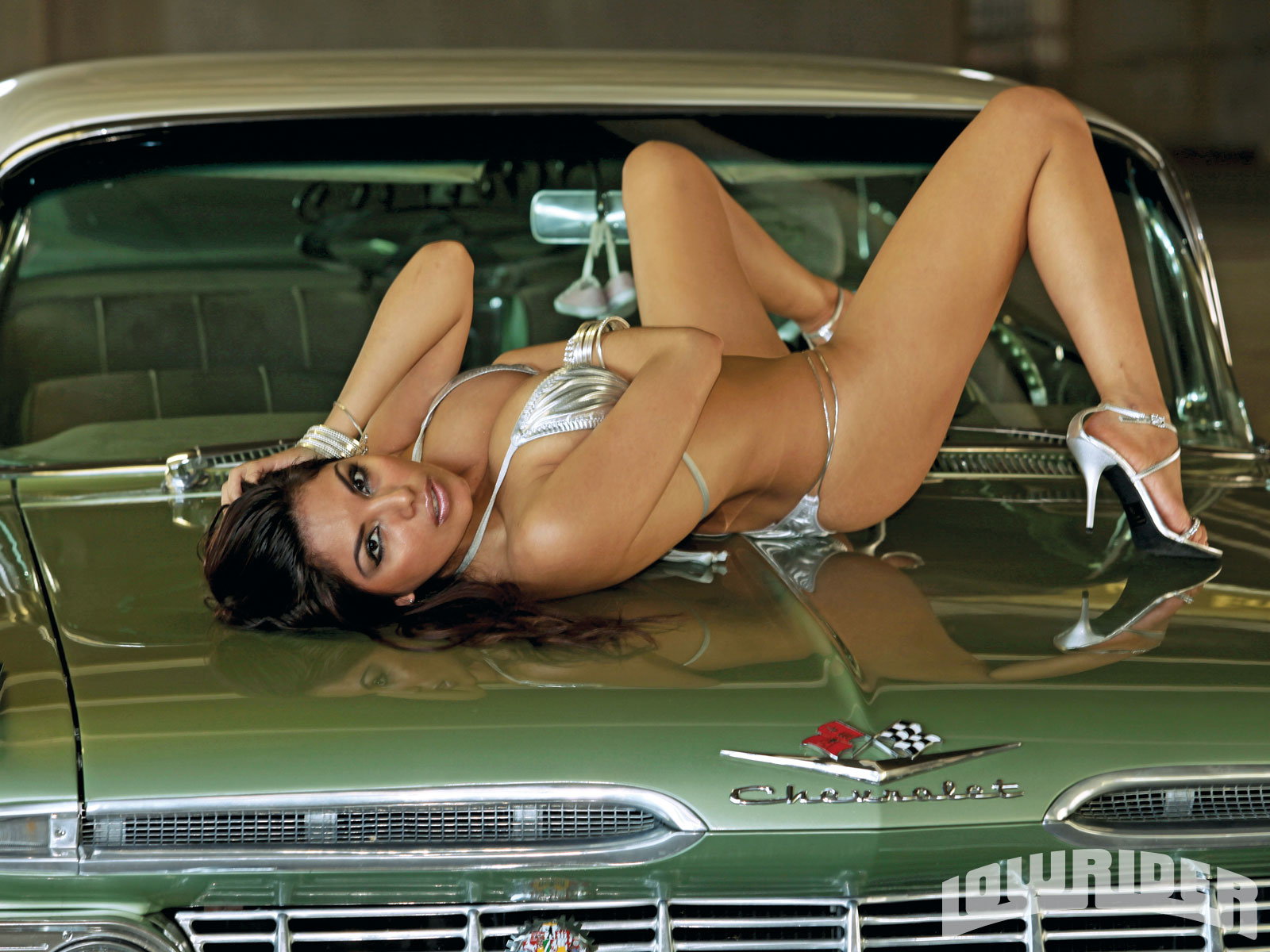Download full size bonnet Ð¡hevrolet Girls & Cars wallpaper ...