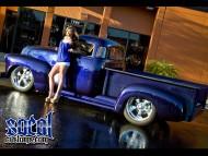 blue socol customs pickup side / Girls & Cars