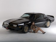 Pontiac / Girls & Cars