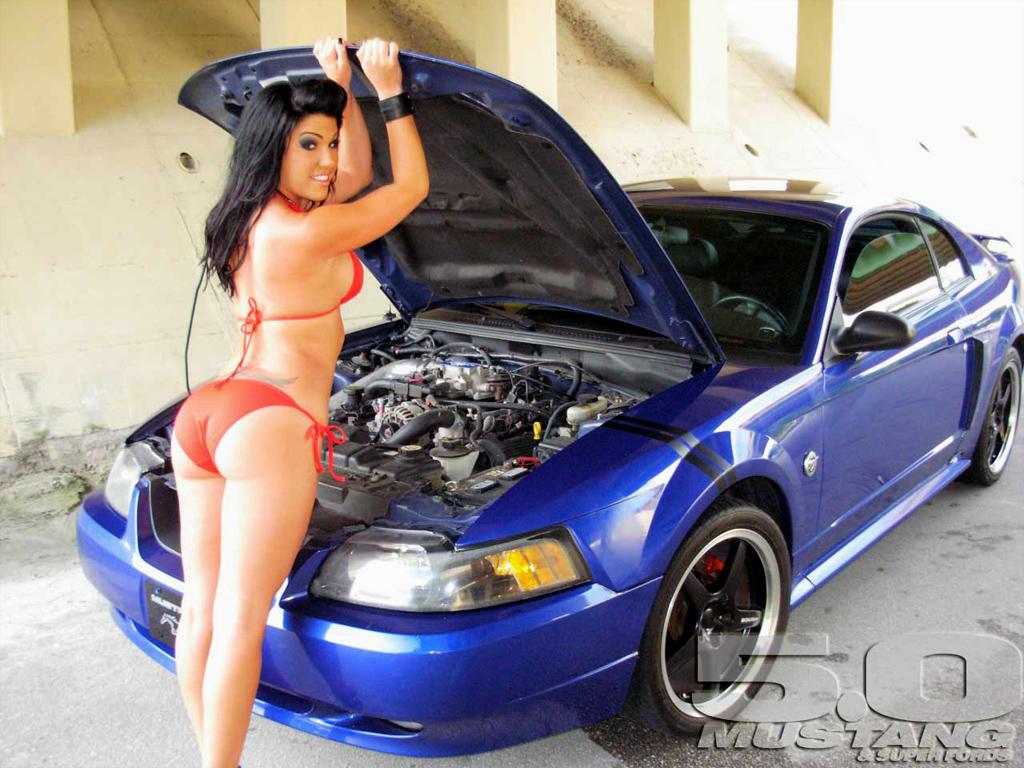 Women In Race Cars